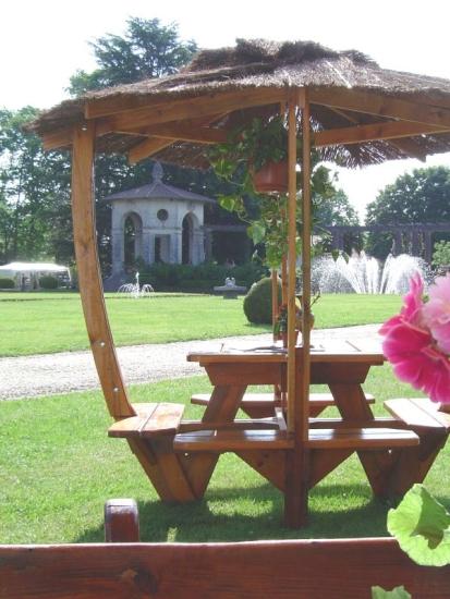 Galerie de Photos - Abritable tables de jardin